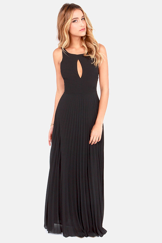 fc05dfadc3ff2 Accordion Player Backless Black Maxi Dress
