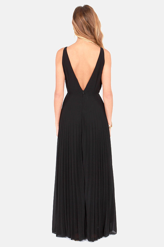Accordion Player Backless Black Maxi Dress at Lulus.com!