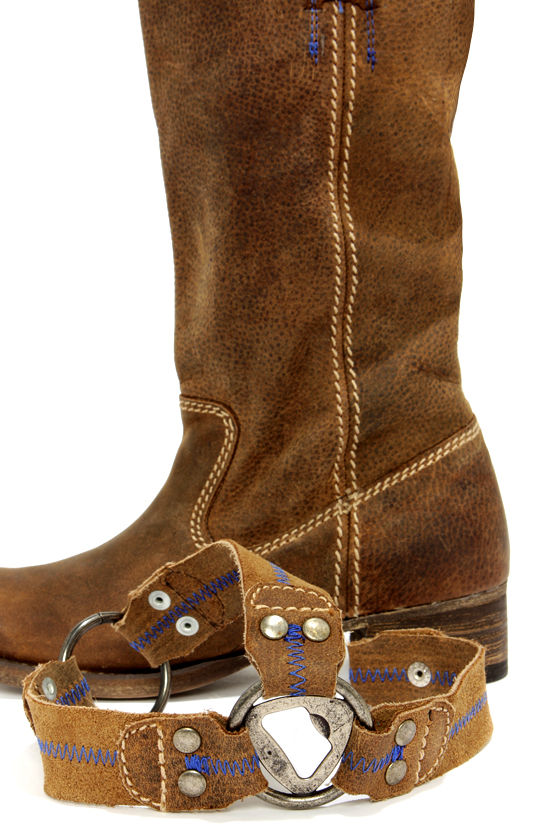 Bed Stu Opal Tan Greenland Leather Harness Boots at Lulus.com!