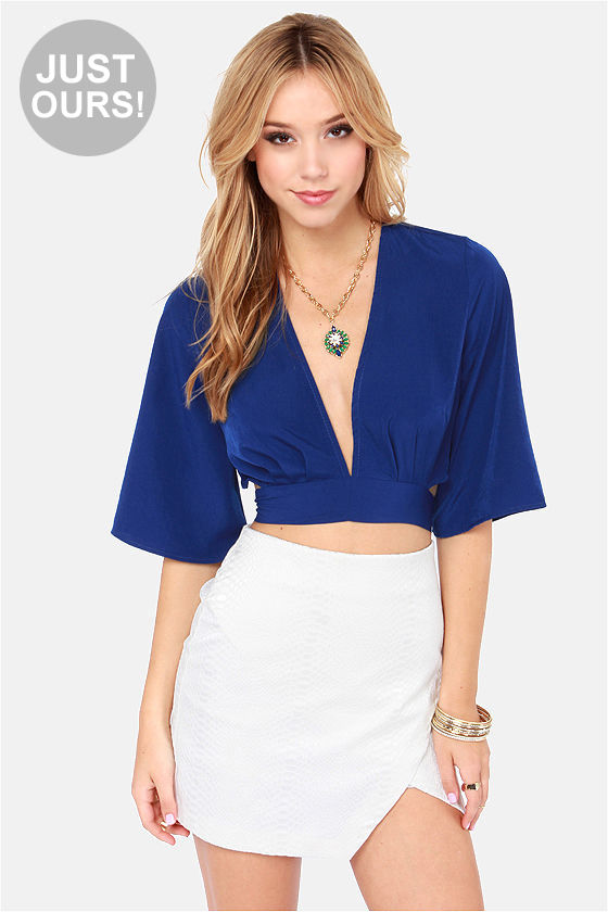 LULUS Exclusive Tie the Hot Blue Crop Top at Lulus.com!
