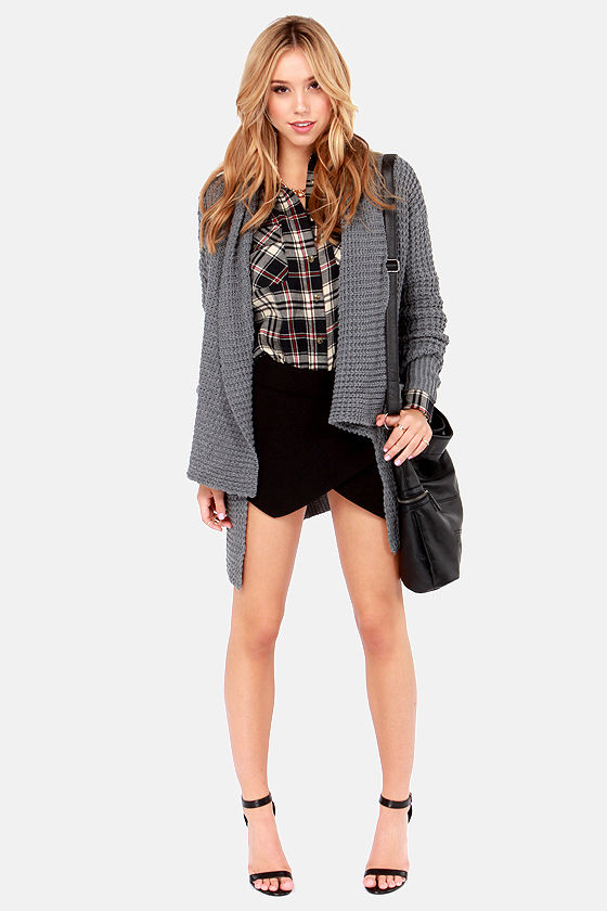 Not Half Plaid Beige and Black Plaid Flannel Top at Lulus.com!