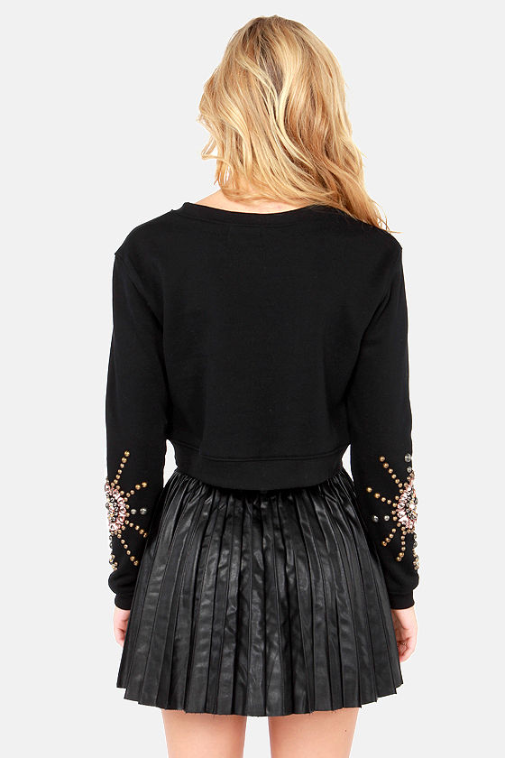 For Better or Burst Beaded Crop Sweater at Lulus.com!