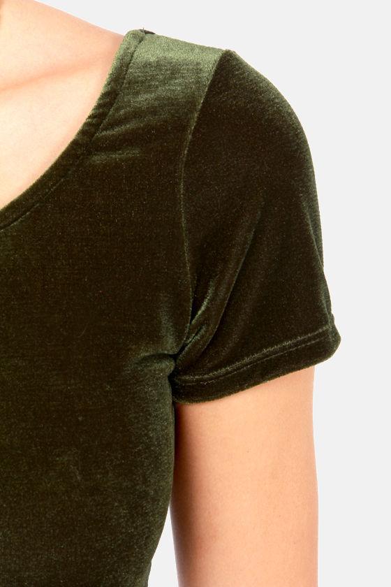 Velvet's Get Physical Olive Green Crop Top at Lulus.com!