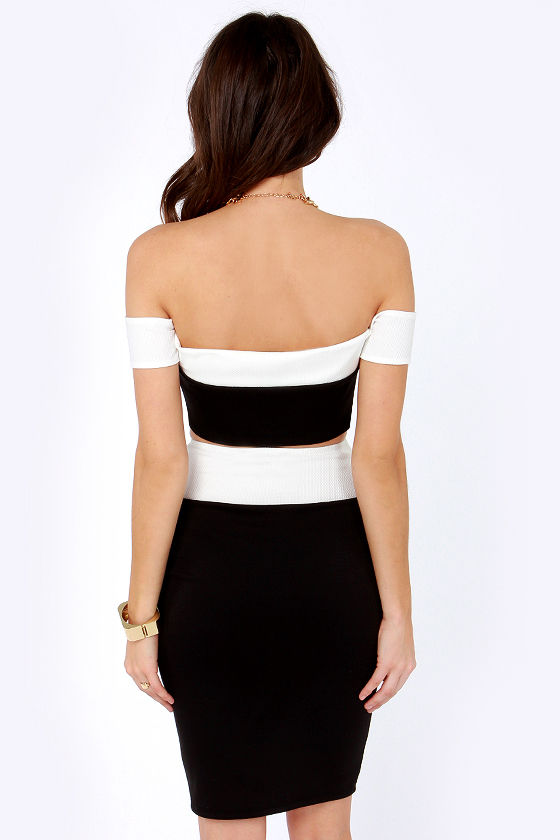 Too Much Fun Black and Ivory Crop Top at Lulus.com!