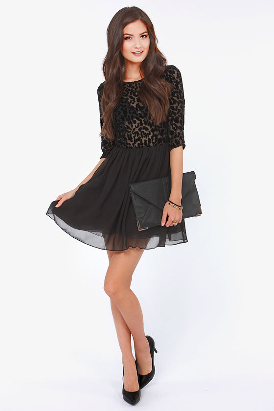 BB Dakota Corella Black Velvet Dress at Lulus.com!