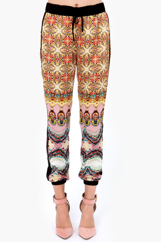 Retro-politan Yellow Print Harem Pants at Lulus.com!