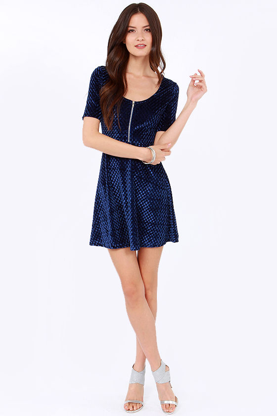 Mink Pink Send Me Flowers Blue Velvet Dress at Lulus.com!