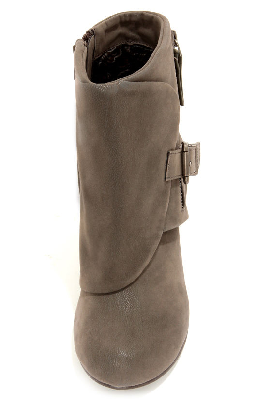Blowfish Bilocate Grey Fawn Belted Wedge Boots at Lulus.com!