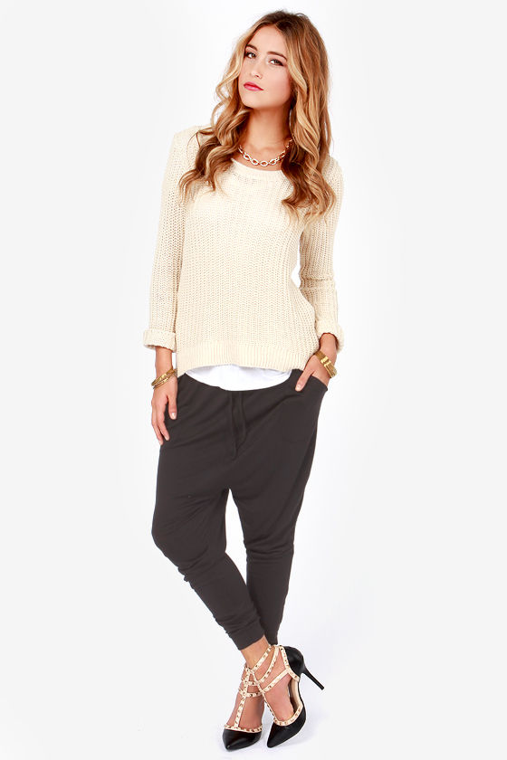Bona Fide Cropped Black Harem Pants at Lulus.com!