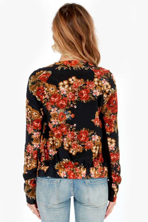Tapestries in Bloom Silk Black Floral Print Jacket at Lulus.com!