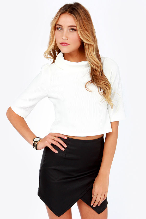 Chart Cropping Ivory Crop Top at Lulus.com!