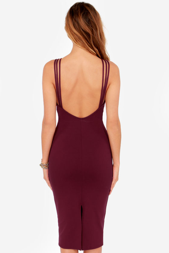 Free Falling Cutout Burgundy Midi Dress at Lulus.com!