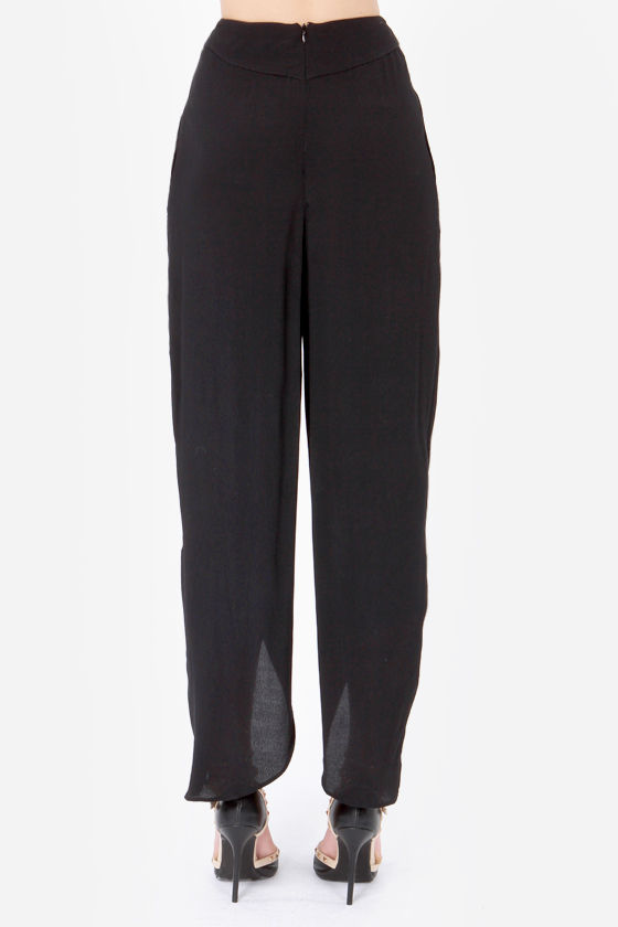 Aryn K Tulip of a Kind Black Pants at Lulus.com!