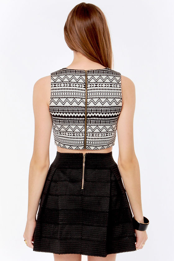 Geometric-ed You Cream and Black Print Crop Top at Lulus.com!