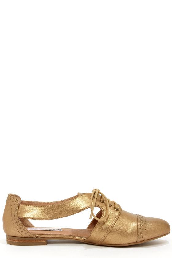 Steve Madden Cori Dusty Gold Cutout Oxford Flats at Lulus.com!