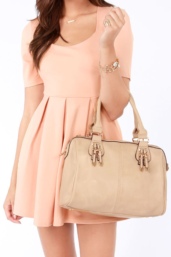 Bag of Tricks Beige Handbag at Lulus.com!