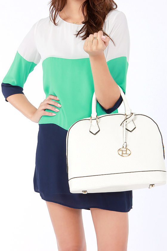 Just What the Doctor Ordered Ivory Purse at Lulus.com!