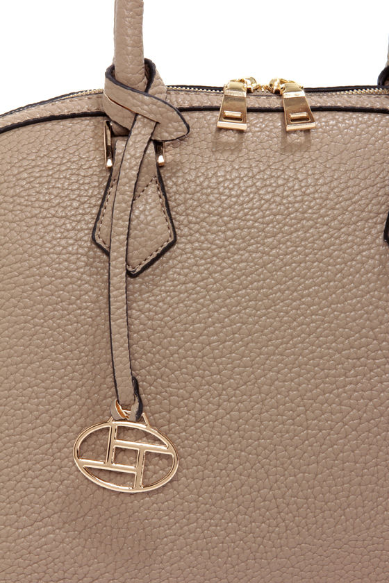 Just What the Doctor Ordered Beige Purse at Lulus.com!