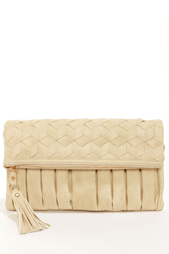 Weave Really Grown Beige Clutch by Urban Expressions at Lulus.com!