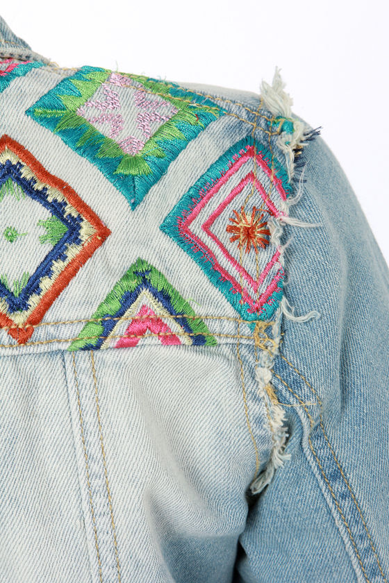 White Crow Little Wing Embroidered Jean Jacket at Lulus.com!
