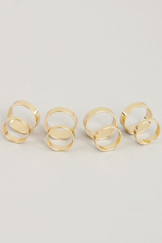 Eight of the Art Gold Ring Set at Lulus.com!