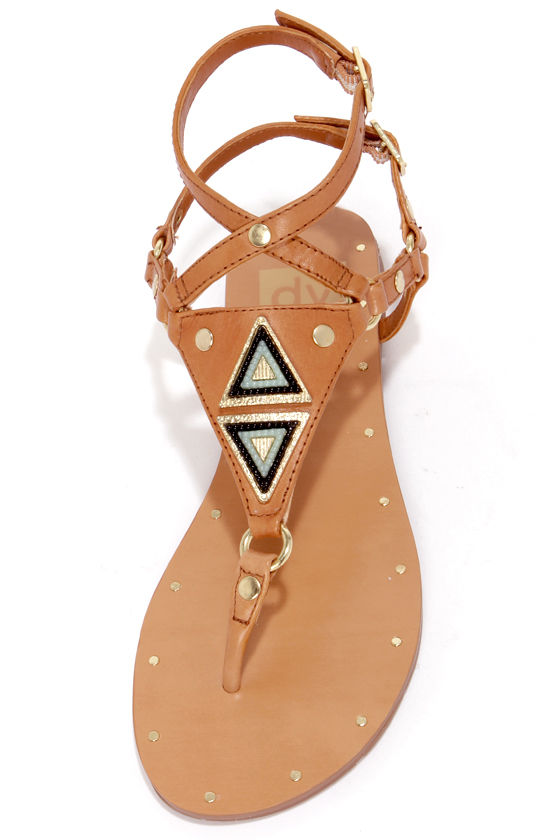 Dolce Vita Darva Honey Metal Plated Thong Sandals at Lulus.com!