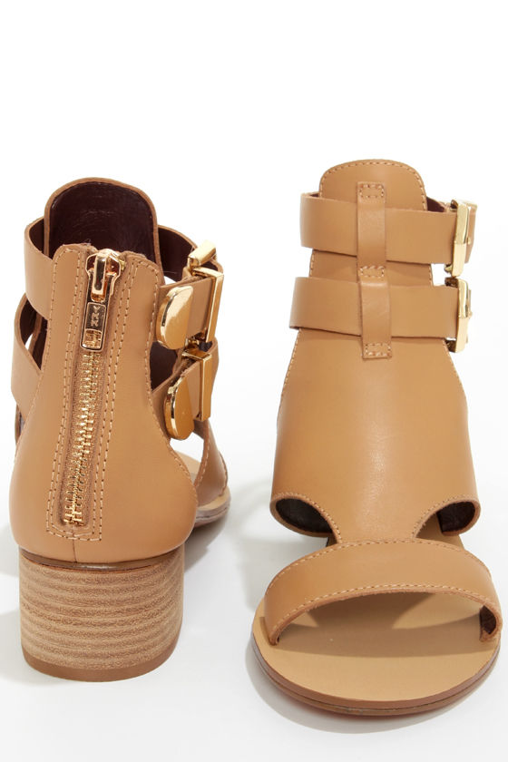 Report Signature Darian Tan Belted Leather Sandals at Lulus.com!