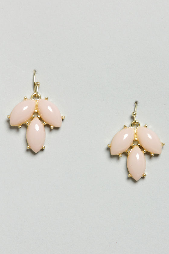 Thanks a Bunch Pink Dangle Earrings at Lulus.com!