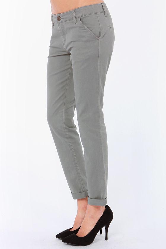 RVCA Sleeper Grey Skinny Pants at Lulus.com!