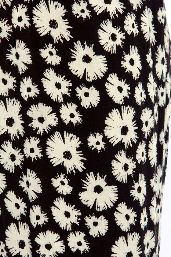 Meadow Superstar Ivory and Black Floral Print Pants at Lulus.com!