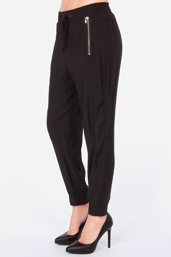 Addicted to Love Black Harem Pants at Lulus.com!