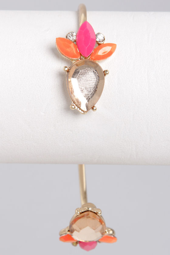 Treat Your Heart Out Pink Rhinestone Bracelet at Lulus.com!
