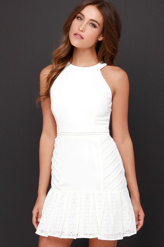 White dresses to wear to your bridal shower - my top picks