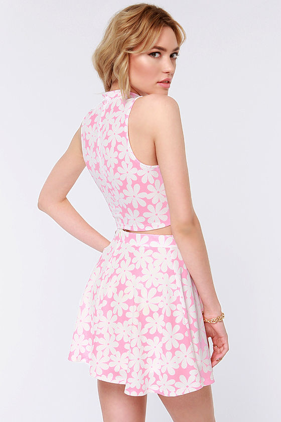 Flower Up Pink Floral Print Crop Top at Lulus.com!