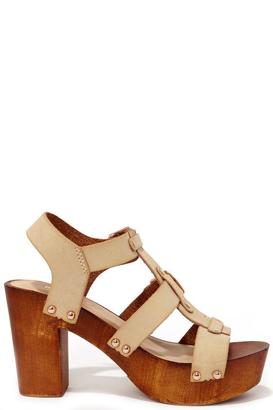 beige high heel sandals 28 images beige cross elastic platform high heel sandals choies. Black Bedroom Furniture Sets. Home Design Ideas