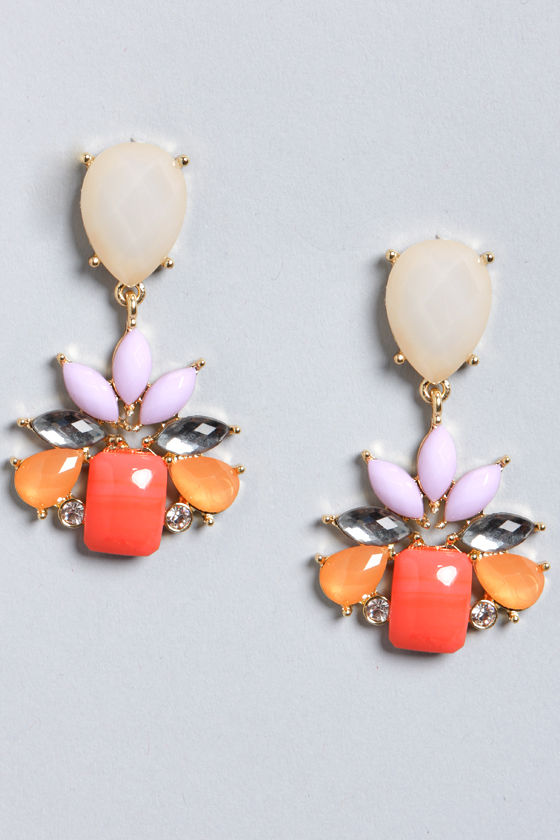 Splendid You Hear? Coral Rhinestone Earrings at Lulus.com!