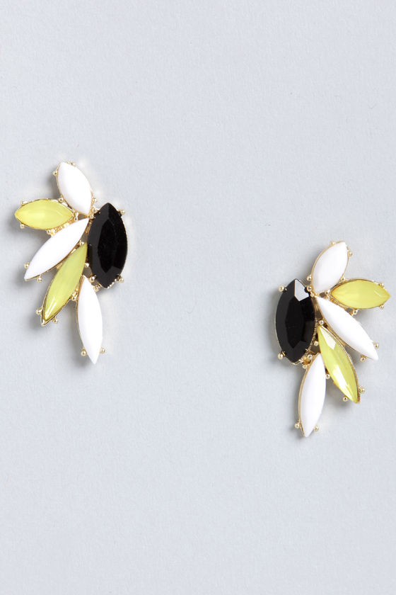 Leaf It At That Yellow Rhinestone Earrings at Lulus.com!