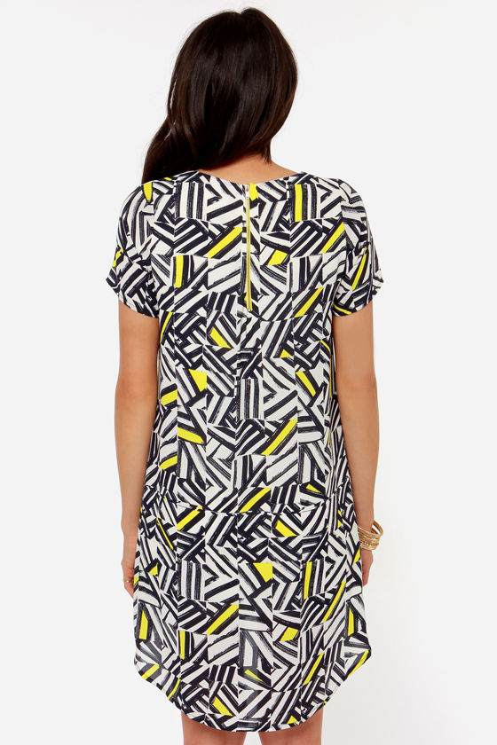 Caught in the Abstract Navy and Ivory Print Shift Dress at Lulus.com!