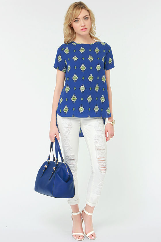 Course of Fashion Blue Print Top at Lulus.com!
