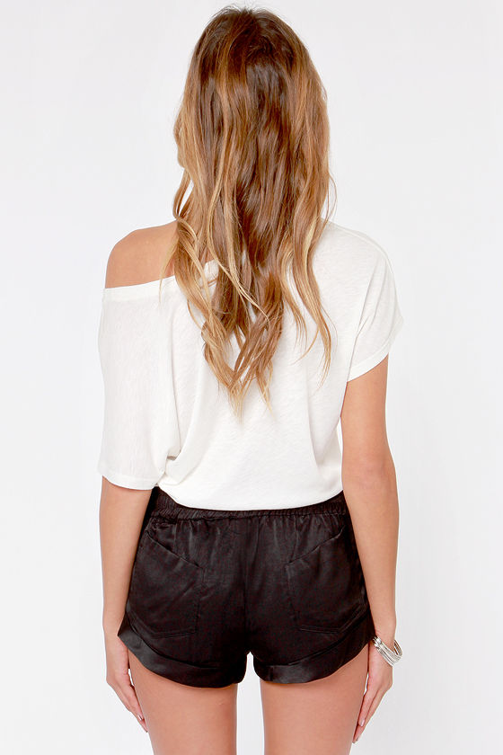 Somedays Lovin' The Dreamers Black Vegan Leather Shorts at Lulus.com!