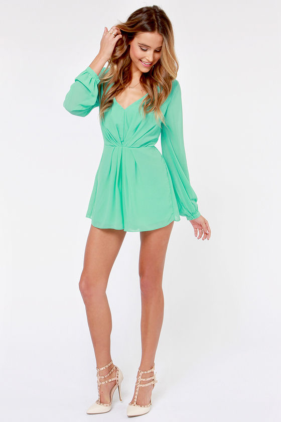 Mint green color will add to your looks a fresh, chic and gentle touch. If you wanna create absolutely gorgeous summer outfits, then you need a mint green romper or jumpsuit for sure. I think you know that a mint green color has several shades, so pay your attention to your hair and eyes color and, of .