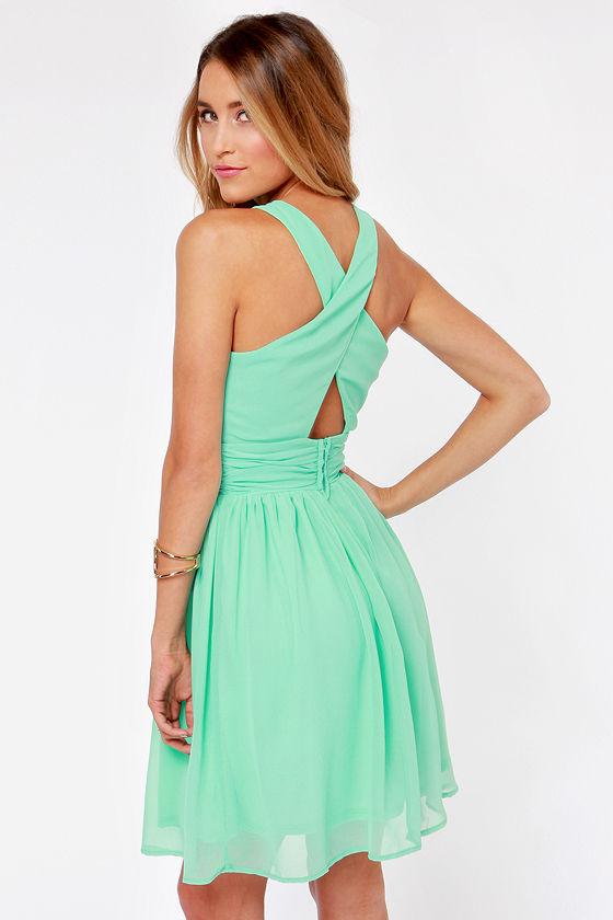 LULUS Exclusive This Twist, This Twist Mint Green Halter Dress at Lulus.com!