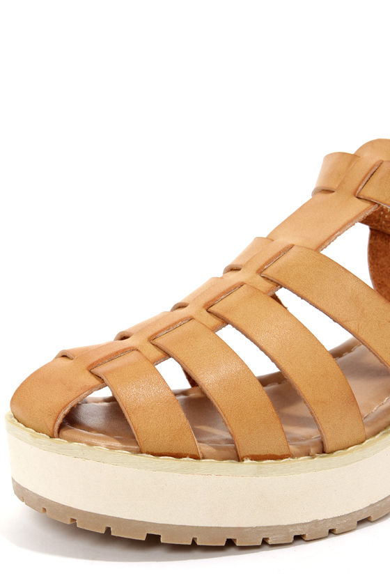 Wanted Alba Tan Strappy Platform Sandals at Lulus.com!