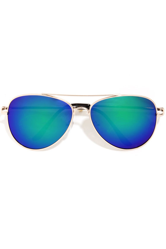 Stun in the Sun Green Aviator Sunglasses at Lulus.com!