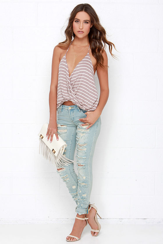Blank NYC Skinny Classique Destroyed Light Wash Skinny Jeans at Lulus.com!