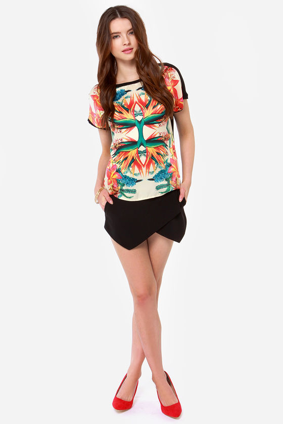 Dex Birds of Paradise Tropical Mirror Print Top at Lulus.com!