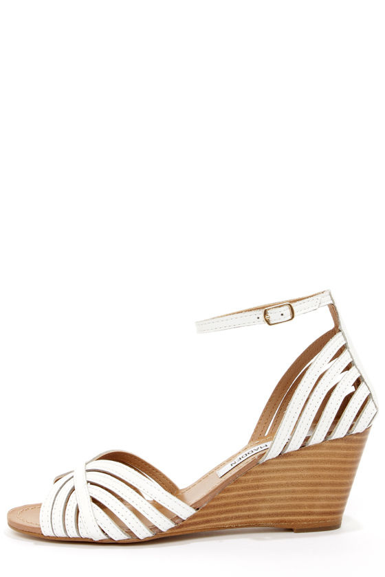 Steve Madden Lexii White Leather Wedge Sandals at Lulus.com!