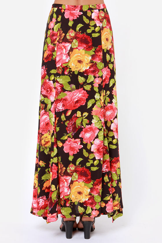 Room Full of Roses Black Floral Print Maxi Skirt at Lulus.com!