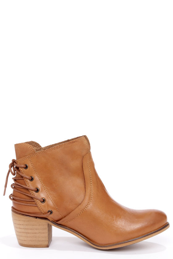 Sixtyseven Blake 75999 Sedona Natural Laced-Back Ankle Boots at Lulus.com!