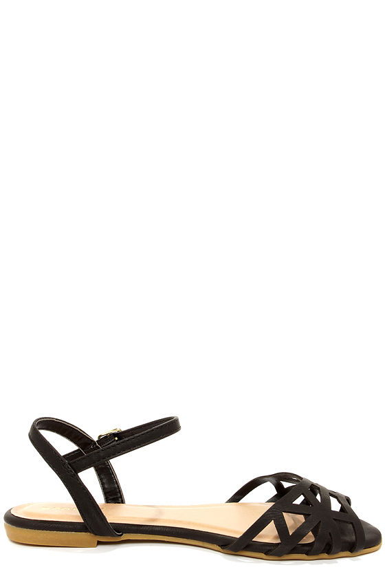 Bamboo Lynna 78 Black Sandals at Lulus.com!